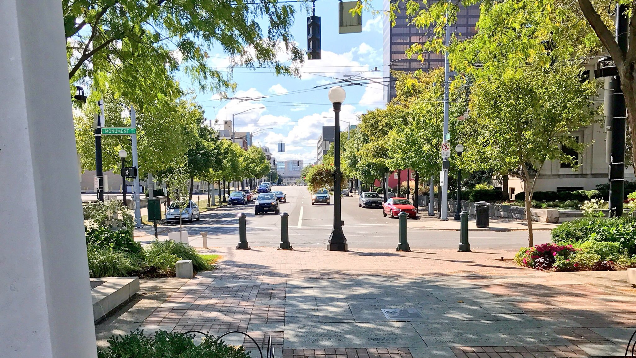 Riverscape Monument Ave.